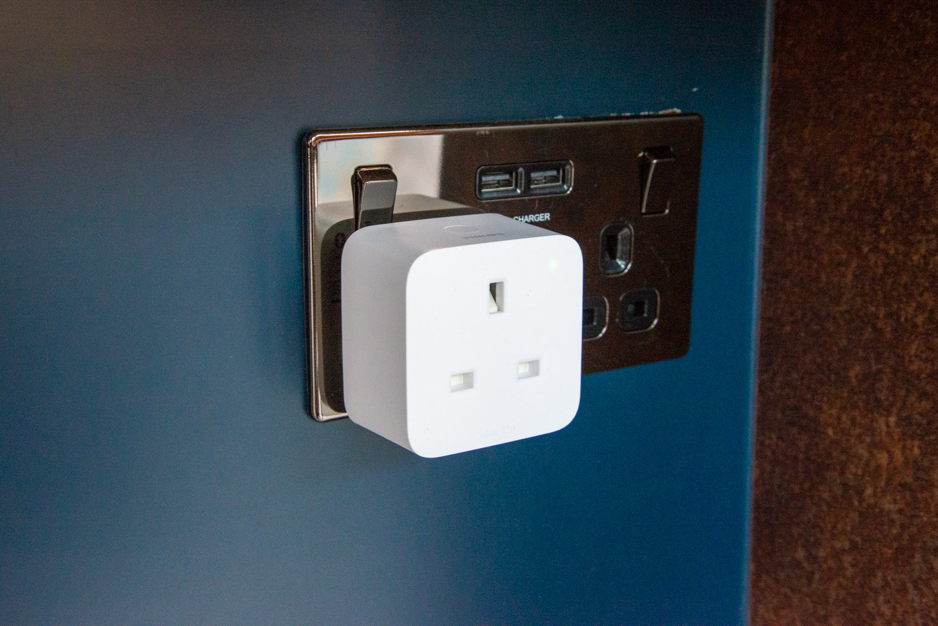 Philips Hue Smart Plug hero