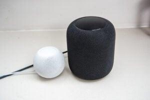 Apple HomePod Mini vs HomePod