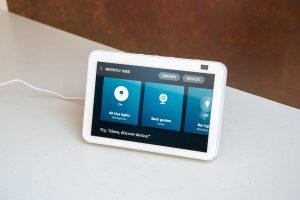 Amazon Echo Show 8 (2nd Generation) smart home