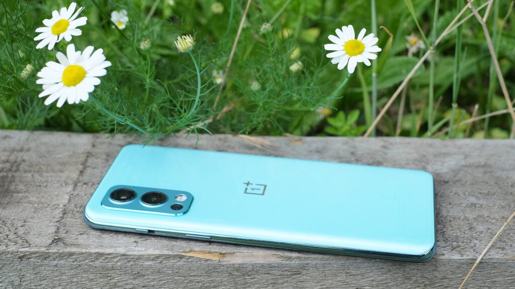 OnePlus Nord 2 5g face down