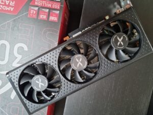 AMD Radeon RX 6600 XT out of box