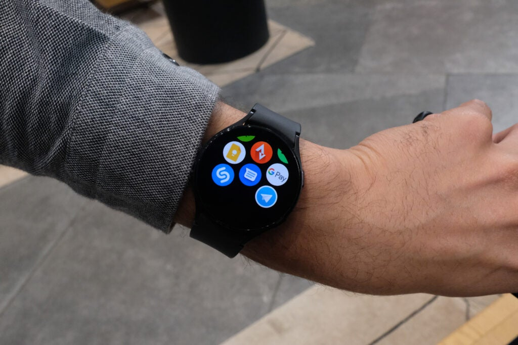 Galaxy Watch 4 with google pay